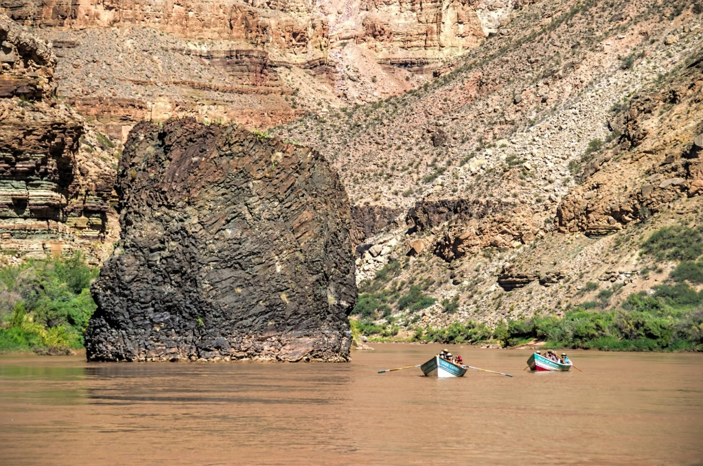 When is the White Water Season?: The Best Time for Rafting Grand Canyon
