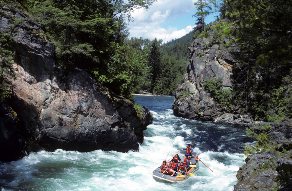 Thrilling White Water Rafting Trips by Advantage